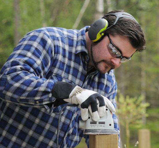 Fotografija izdelka Slušalke za zaščito sluha Peltor x4A