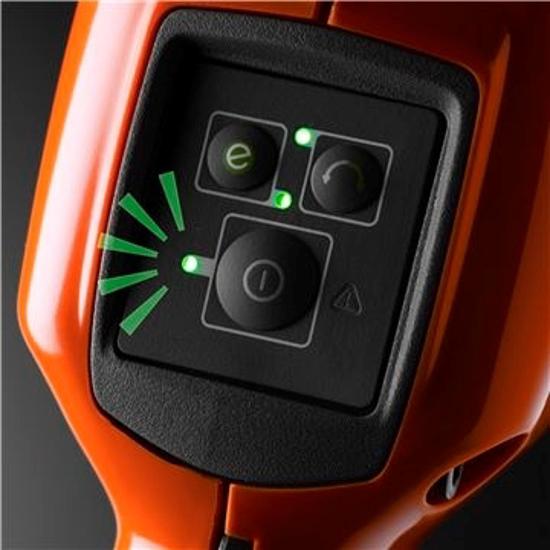 Fotografija izdelka Akumulatorska kosa Husqvarna 535iRXT