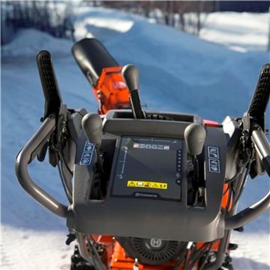 Fotografija izdelka Snežna freza Husqvarna ST 230P