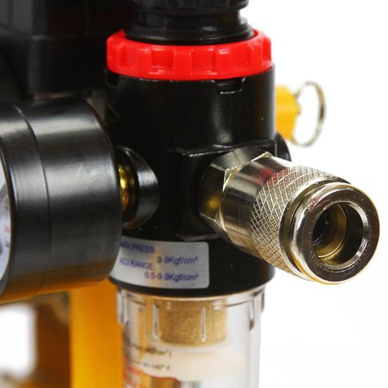 Fotografija izdelka KOMPRESOR 24 Lit. 230V  HURAGAN 1T