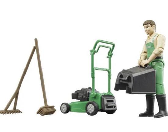 Fotografija izdelka Igrača vrtnar s kosilnico in  opremo