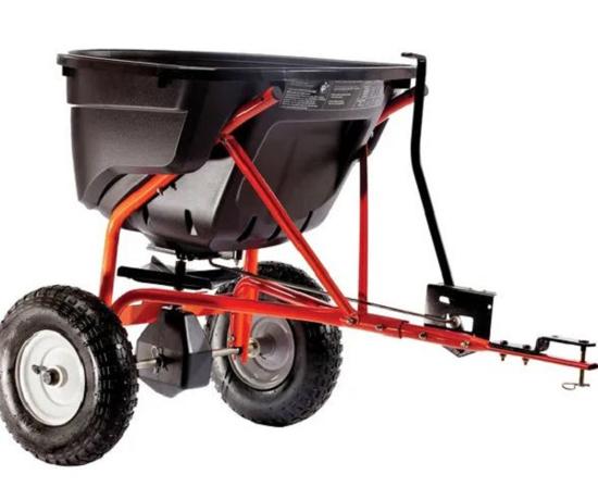 Fotografija izdelka Trosilnik za vrtni traktor Agri-fab 60 L