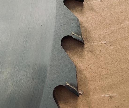 Fotografija izdelka List za žago Widia 700 mm 66 zob 6 mm